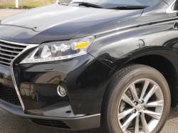 車の洗車ケアやボディケアに優れた洗浄力・除去力を発揮するカーシャンプー/クイックワンシャンプーは洗車だけでクリアな輝きを実現