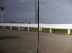 ガラスコーティングW-SHIELDの特殊なコーティング被膜はボディーの凹凸を平準化して車のボディーを美しい艶・光沢で存在感を際立たせます