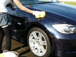 車のガラスコーティング  ハイブリッドナノガラス コーティング前処理 スパークリンシャンプー5