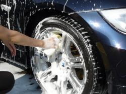 車のガラスコーティング  ハイブリッドナノガラス コーティング前処理 鉄粉除去5