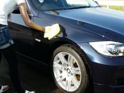 車のガラスコーティング  ハイブリッドナノガラス コーティング前処理 ゼウス5
