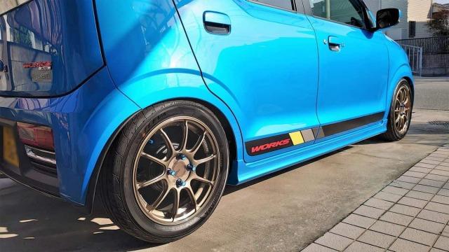 車の艶・被膜感・超撥水・防汚・耐久に優れたプロ用硬化系コーティング剤をスズキ アルトワークスへの施工例やレビュー・口コミ・評判