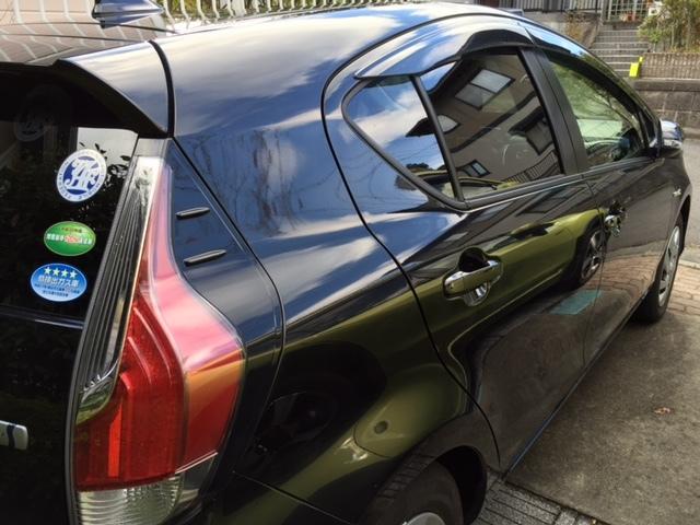 トヨタアクアブラックに新型ガラスコーティング『ゼウスα』を施工したコーティング効果・評判・レビュー・口コミ