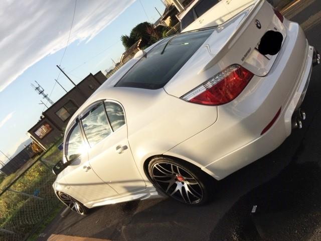 BMW E60に車の艶・施工性に優れた本格コーティング/ゼウスを施工した評判・人気・評価・おすすめ・レビュー・口コミ