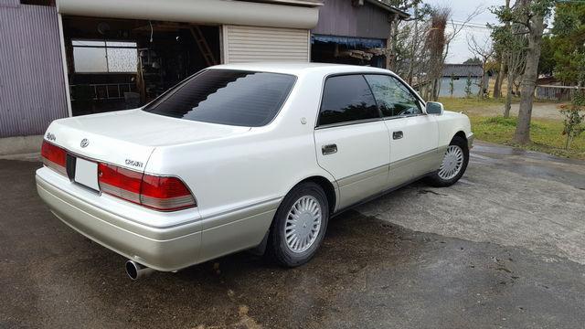 クラウンに油分分解性能も兼ね備えた洗車専用パーフェクトシャンプーを施工した評判・人気・評価・おすすめ・レビュー・口コミ