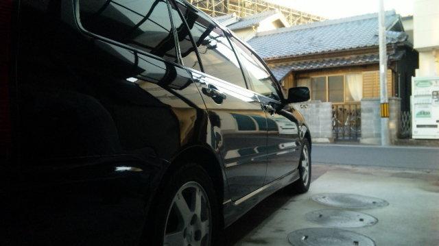 ガラスコーティングのハイブリッドナノガラスのゼウスを施工した三菱 ランサーワゴン
