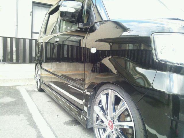 ガラスコーティングのハイブリッドナノガラスのゼウスを施工したお車