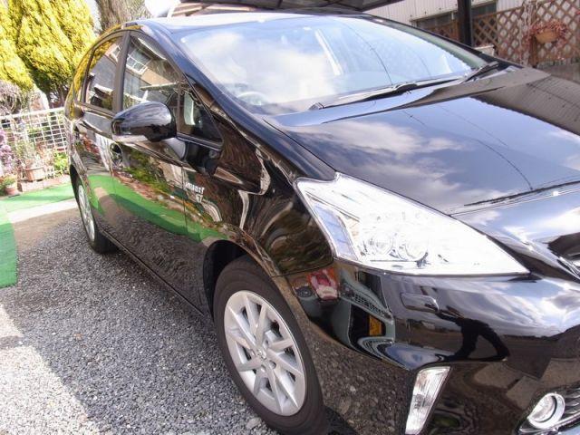 ポリマー系コーティングのファイングロスとコンディショナーのブレンド技を施工されたトヨタ プリウスα