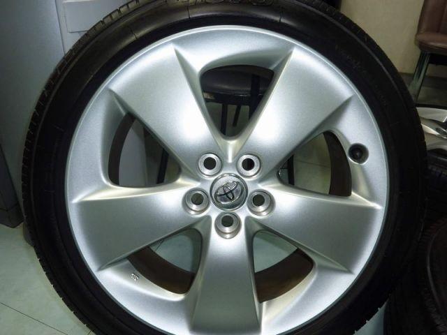 ガラスコーティングのハイブリッドナノガラス-ホイールコーティングを施工したタイヤ