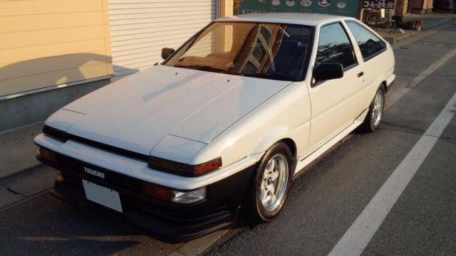 高濃度ポリマー系ガラスコーティング『ファイングロス』とコンディショナーをブレンド施工したトヨタ AE86