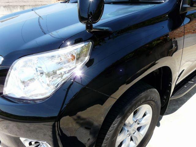 鏡面仕上げコンパウンド「ミラーフィニッシュ」を施工されて輝くトヨタ プラド150