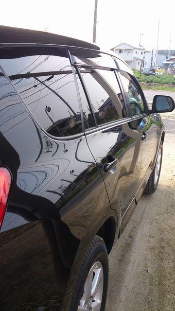 ガラスコーティングの下地処理の必需品!ハイブリッドナノガラス特製コンパウンドを施工されたお車