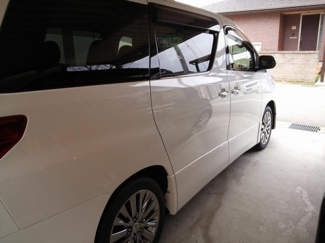 トヨタ・アルファードのコーティング評価・口コミ。ラスターベール、コーティングコンディショナー、スーパービュークリア、ホイールコーティングを使用。