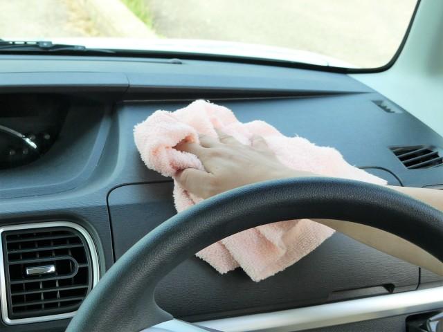 汚れやすい車内インテリアやダッシュボード・インパネなどの掃除に!やわらかマイクロファイバークロス/匠の濡れ拭き・から拭きが最適!