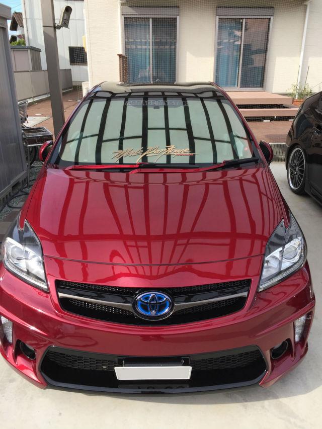 トヨタ/プリウスにカーコーティングの下地処理に最適なスーパークリンシャンプーを施工したコーティング評判・評価・おすすめ・口コミ
