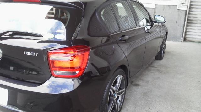 人気の車の硬化系ガラスコーティング/D・アーマーをBMW/120iMスポーツに施工した評判・人気・評価・口コミ