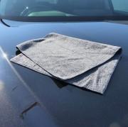 ハイブリッドナノガラスの新しいマイクロファイバークロス/Premiumブラッククロスは、高級車や輸入車の拭き上げに最適です