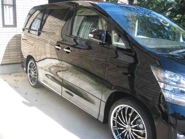 ガスコーティングのハイブリッドナノガラスのゼウスを施工したトヨタ ヴェルファイア