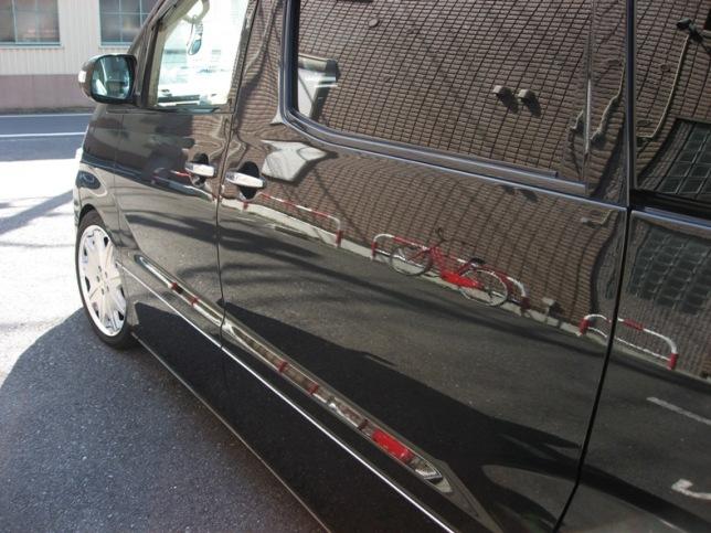 ガラスコーティングのハイブリッドナノガラスゼウスを施工したトヨタアルファード