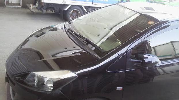 トヨタ ヴィッツに洗車傷を消し極上の艶にするスーパーゼウスpremiumを施工した評判・人気・評価・おすすめ・レビュー・口コミ