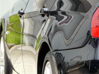 ガラスコーティング W−SHIELD 施工後200km程走行した BMW3シリーズの再度部分2